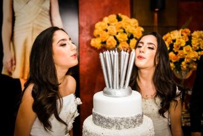 15 anos Laura e Marina